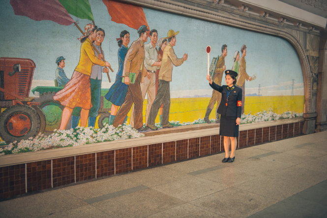 Điều khiển giao thông tại nhà ga Pyongyang Metro